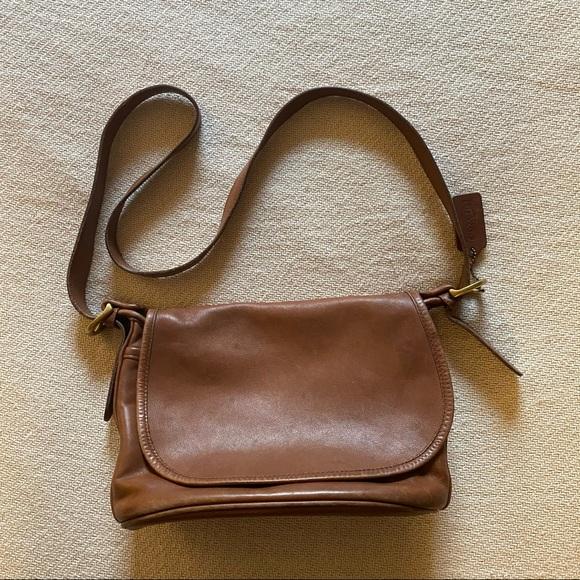 Vintage COACH 4150 Crossbody Bag